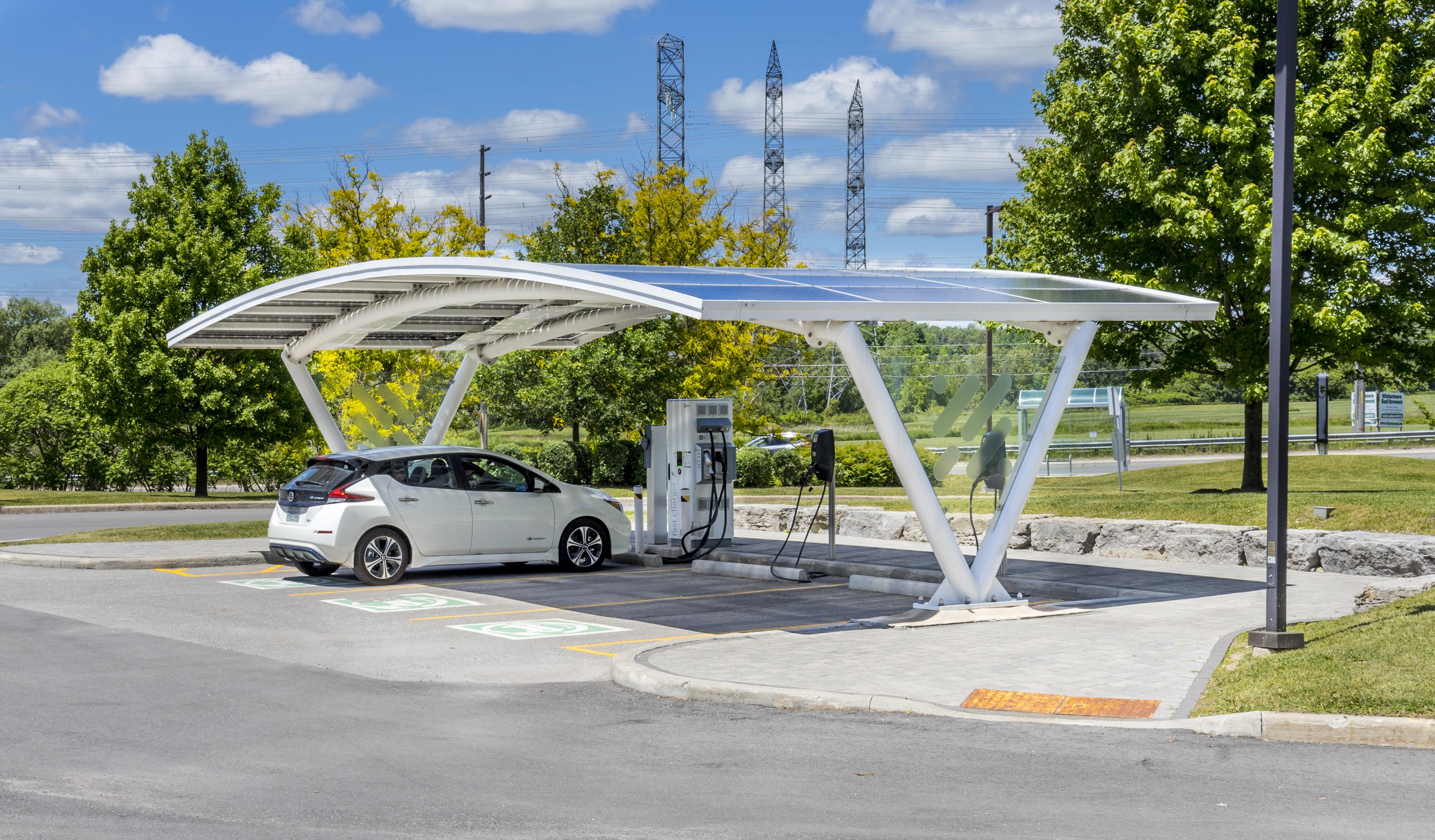 HQ Solar Powered Carport 1